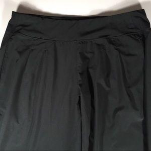 Brooks Pants - Brooks pants black pleated 4 pockets snap Sz. L